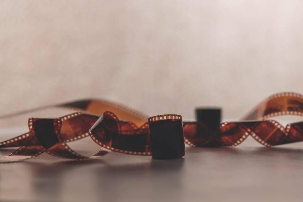 FILM-PHOTOGRAPH-KURATING